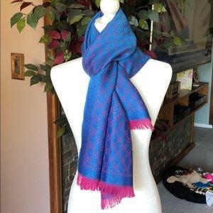 Gucci metallic reversible scarf